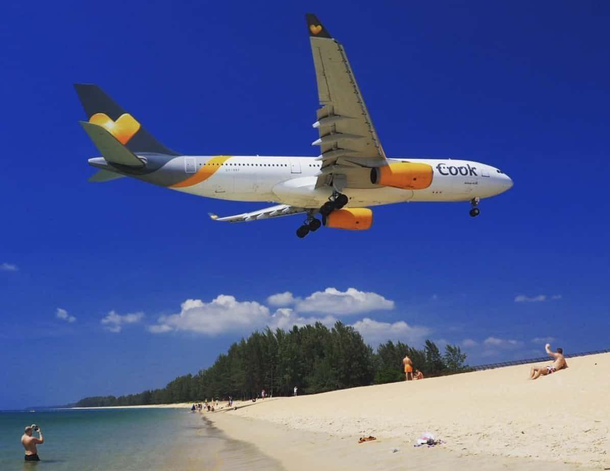 Пляж Маи Као где садятся самолеты