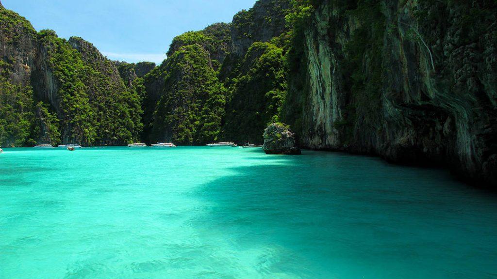 Pileh Lagoon. Phi-Phi Lei Island