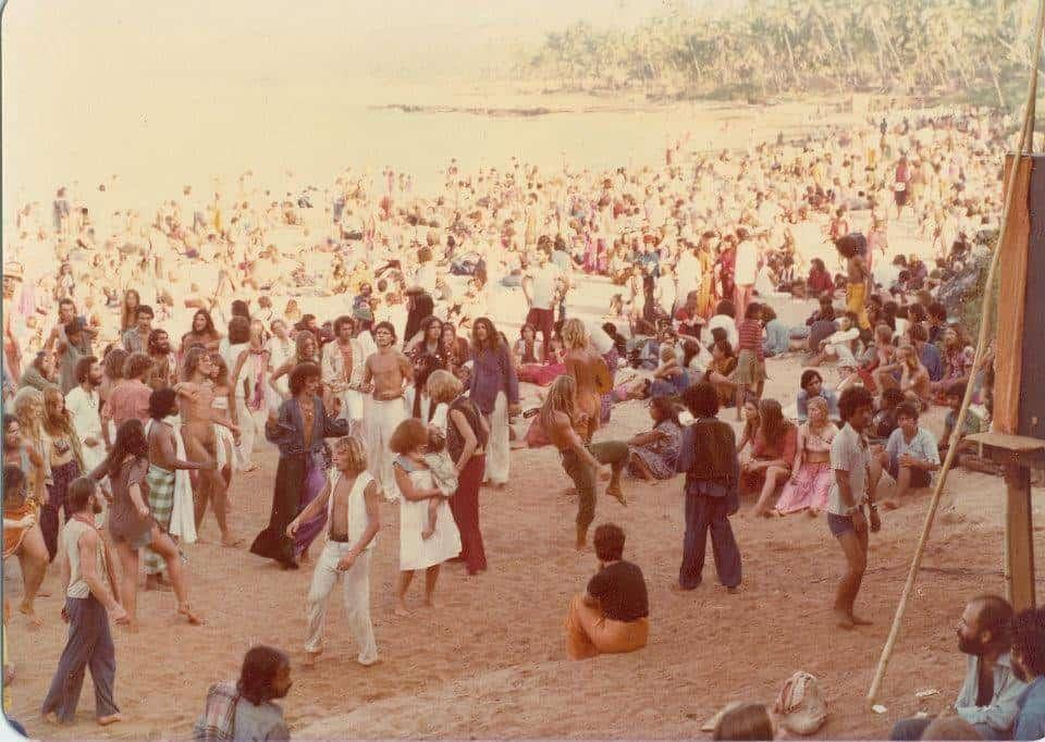Утро Новогодней вечеринки, Гоа, 1979 (Photo by Sunny Schneider).