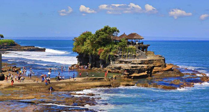 Pura Tanah Lot - Храм Земли на Бали