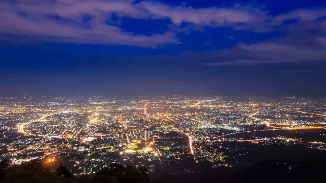 Чиангмаи ночью
