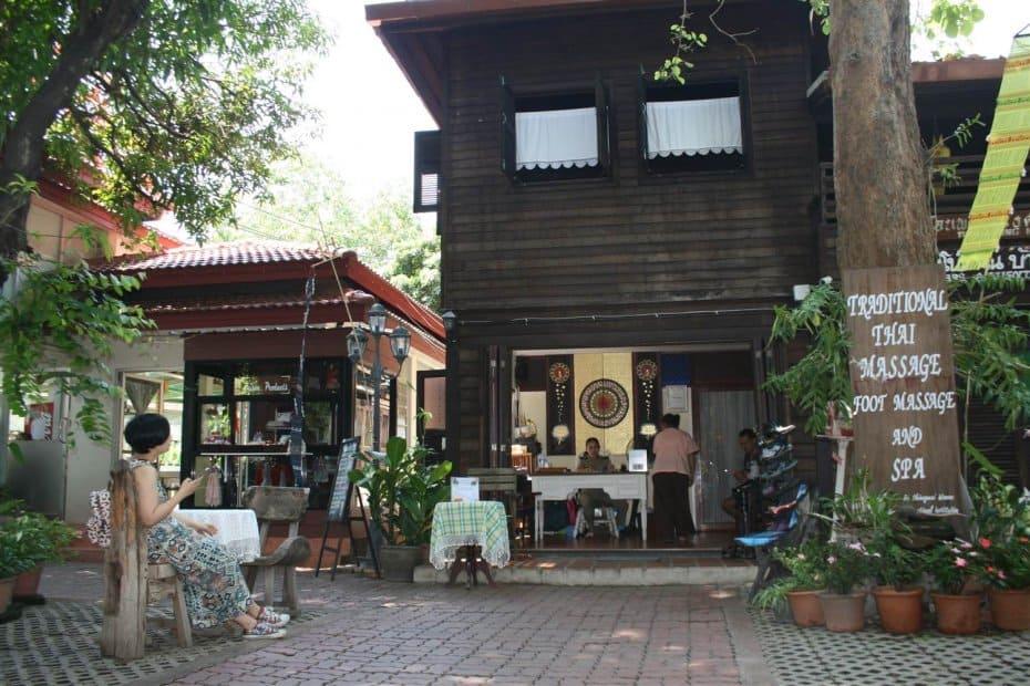 Массажный центр в женской тюрьме Чианг Маи