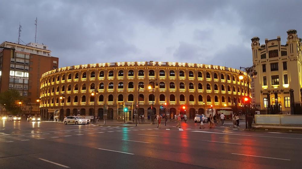 Площадь быков - Plaza de Toros de Valencia
