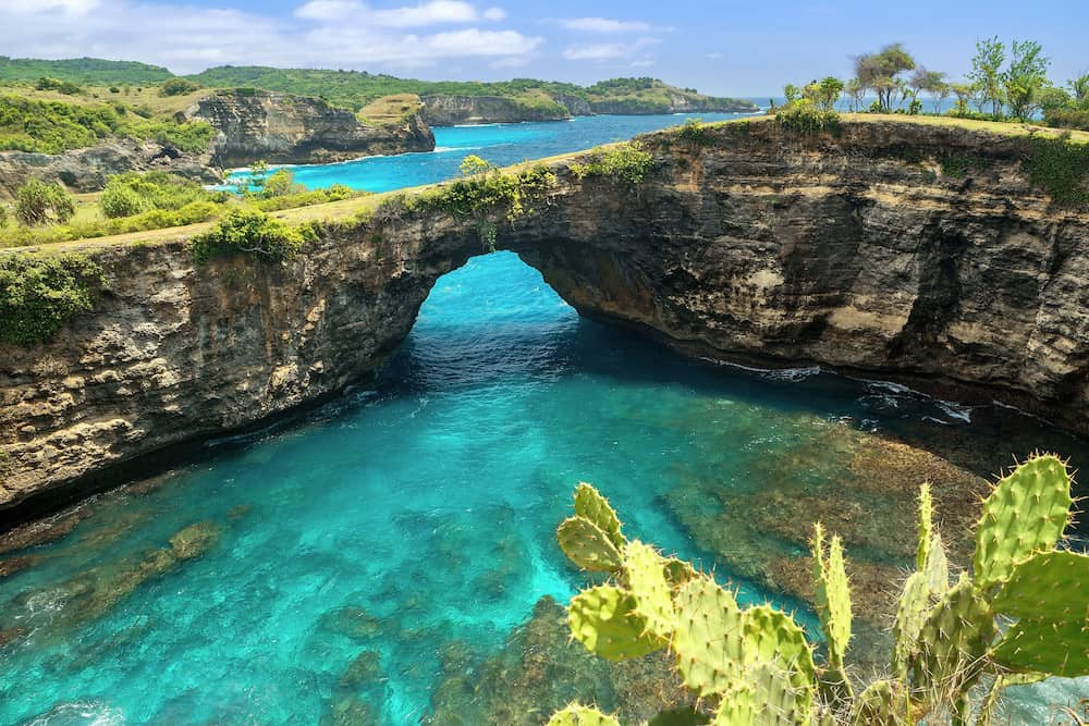 Nusa Penida. Broken Beach