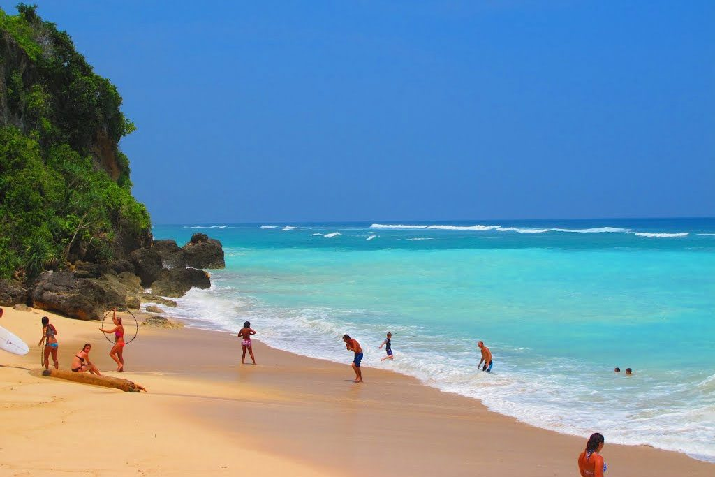 Пандава - Pandawa Beach