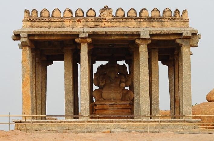Храм Ганеши - Sasivekalu Ganesha Temple