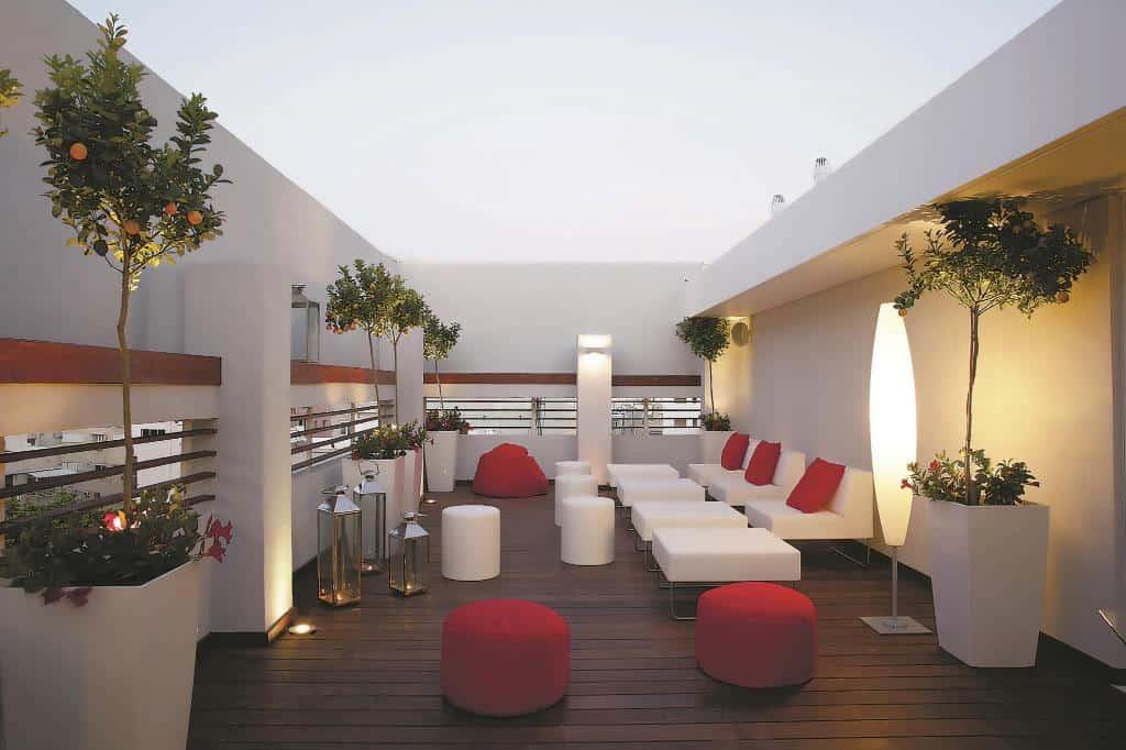 Отель Art Plus в Тел-Авиве